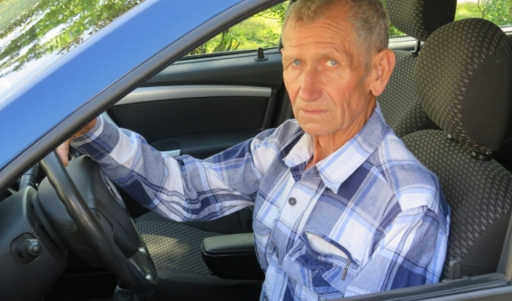 Водитель с 53-летним стажем работы